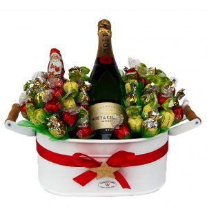 Christmas Sweet Flowerbed with Moet