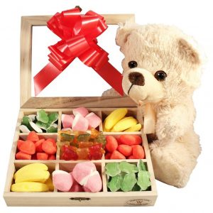 Haribo Teddy Christmas Kit – Gift Basket