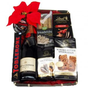 Moet Red Black Pearl Gift Basket