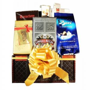 Chivas Regal – Whiskey Gift Basket