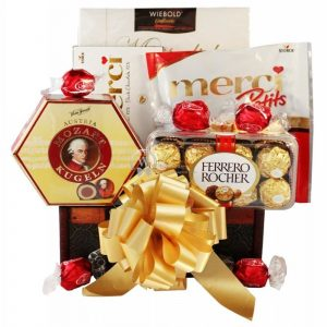 Sweet Lover – Chocolate Gift Basket