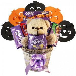 Milka Surprising – Halloween Gift Basket