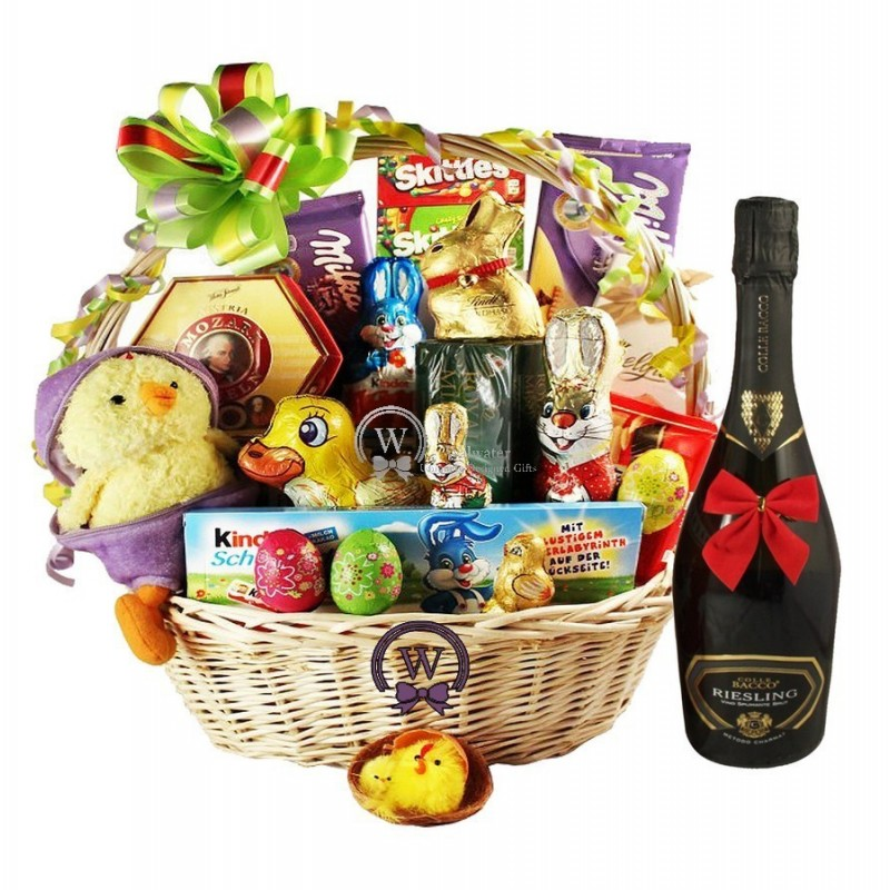 Send Gifts In Europe / Product / Deluxe Easter Gift Basket with Sparkling Wine