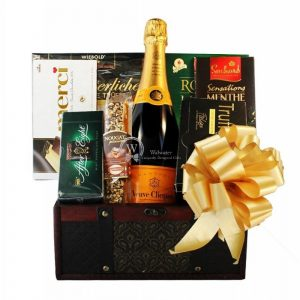 Veuve Clicquot – Champagne Gift Basket