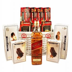 Top European Cookies – Red Label Whiskey Gift Basket