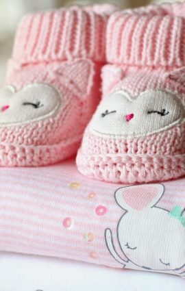sendgiftsineurope baby shoes