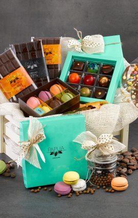sendgiftsineurope chocolate box